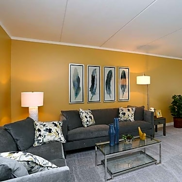 Woodbury Place Apartments 1010 Knollwood Drive Schaumburg Il