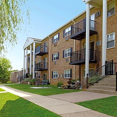 Hill Brook Place Apartments 2517 Dunksferry Road Bensalem Pa