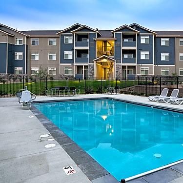 Copper Stone Apartments 750 South Lafayette Drive Lafayette Co