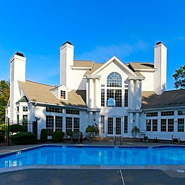 Residences At Brentwood 630 Smithfield Road North Providence Ri