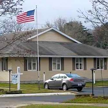 Little Village 410 S Center Ave Gaylord Mi Apartments For Rent