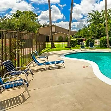 La Residencia Apartments 2454 E Price Rd Brownsville Tx