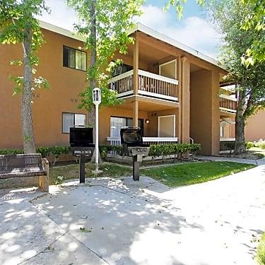 Montecito Apartments 835 West Avenue L Lancaster Ca Apartments