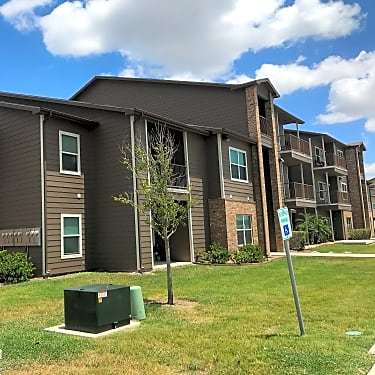 Vista Monterrey 600 Jose Marti Blvd Brownsville Tx Apartments