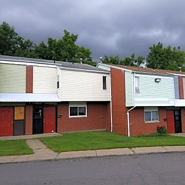 Emunah Manor 290 Coal St Wilkes Barre Pa Apartments For Rent