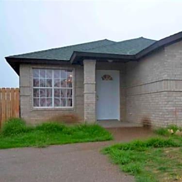 3272 St Kathryn Loop 3272 St Kathryn Loop Laredo Tx Houses For