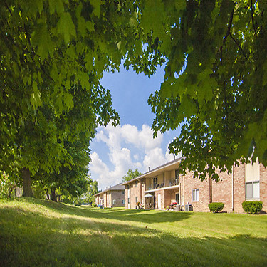 Beech Meadow 147 Diplomat Ct Beech Grove In Apartments For Rent Rent Com