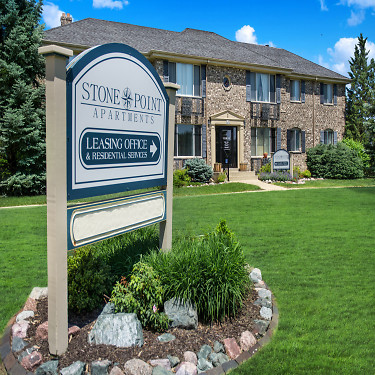 Stone Point - 180 N 8526 Town Hall Road | Menomonee Falls