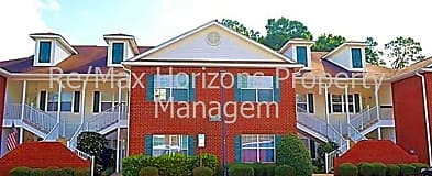 Pensacola State College, FL Condos for Rent - 8 Condos
