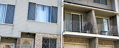 CUNY--College of Staten Island, NY Condos for Rent - 3