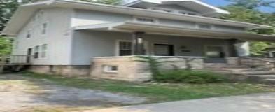 Phenomenal Bloomington In Houses For Rent 286 Houses Rent Com Home Remodeling Inspirations Gresiscottssportslandcom