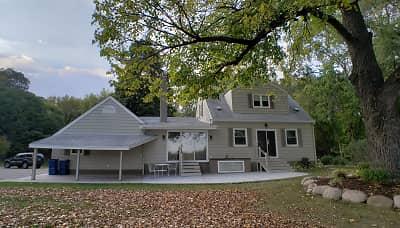 2 Bedroom Houses For Rent In Little Canada Mn Rentals Com