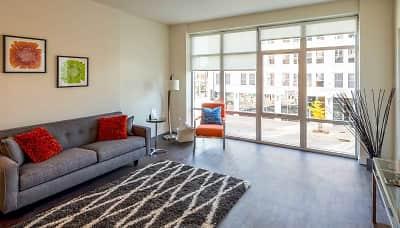 Houses For Rent In Green Bay Wi Rentals Com,King Modern Black Bedroom Sets