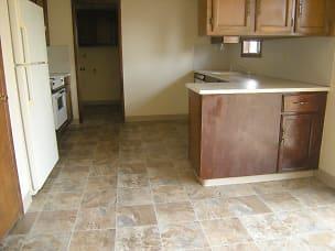 R40A-Kitchen 1.jpg