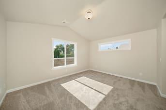 16922 E Knox-Master Bedroom.jpg