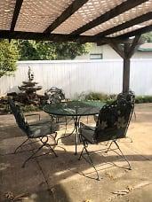 1510 Meadowview patio.jpg