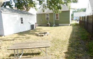 Yard 2.jpg