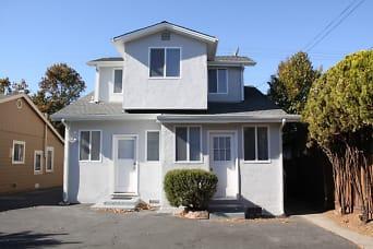 10 House Back.jpg