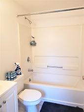 296a bathroom.jpg
