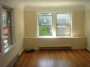 amherst and 19u interior pics 003 (3).jpg