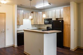 107_Kitchen 2.jpg