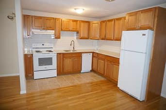 15 Francis #23 Brookline - Longwood Shared Unit Photo 1.jpg