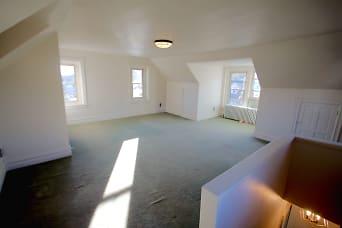 Third floor master bedroom.jpg