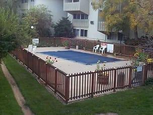 Everyone Like A Pool