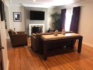 931 Living room.jpg