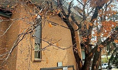 Building, 1065 University Ave, 2