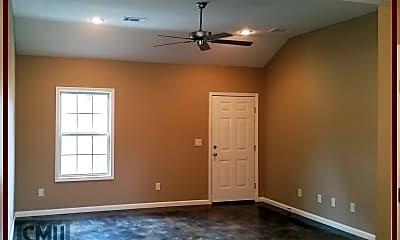 Living Room, 2204 Hurst Ln, 1