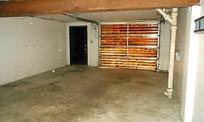 Building, 1107 Arrowhead Dr, 2