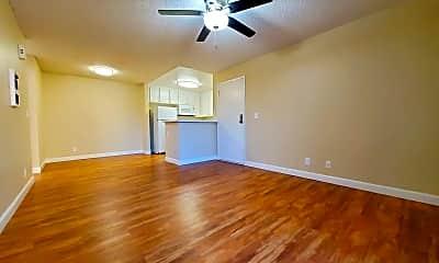 Living Room, 9413 Winter Gardens Blvd, 1