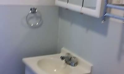 Bathroom, 118 W Bishop St, 2