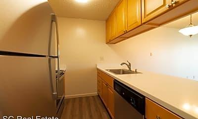 Kitchen, 378 Van Buren Ave, 1