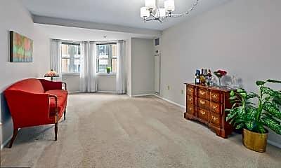 Living Room, 900 N Taylor St 529, 1