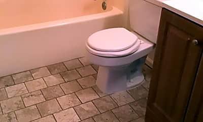 Bathroom, 3917 Bowdens Ferry Road, 1