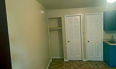 Bedroom, 3431 W Colorado Ave, 2