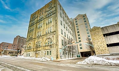 Building, 270 E Highland Ave 1036, 2