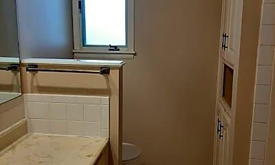 Bedroom, 2523 E Broadmoor St, 2