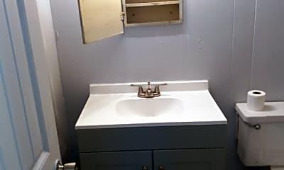 Bathroom, 319 N Walnut St, 2