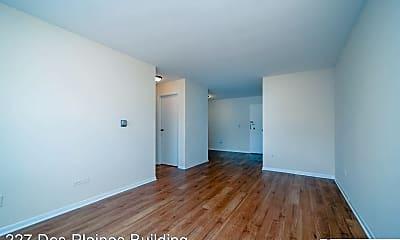 Living Room, 227 Des Plaines Ave, 1