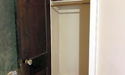 Bathroom, 4653 Bryant Ave S, 0