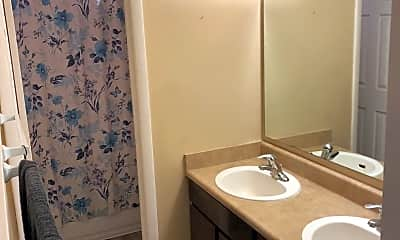 Bathroom, 469 N 100 E, 2