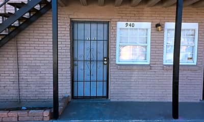 Building, 940 E Hattie St, 0