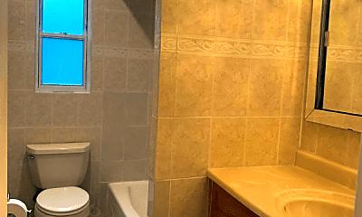 Bathroom, 1420 Edwards Ave, 1