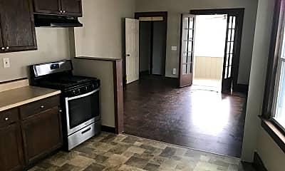 Kitchen, 118 Ridgeway Ave, 1