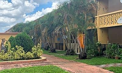 Lago Margo Apartments, 2