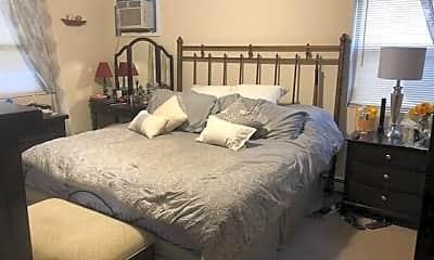 Bedroom, 459 Monroe Blvd MAIN, 1