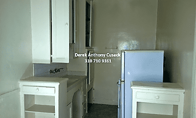 Kitchen, 526 S Oxford Ave, 1